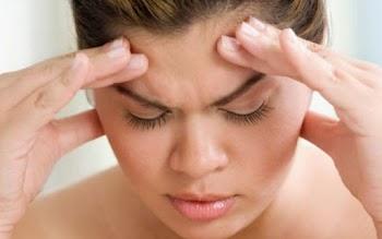 Συμπτώματα που «προαναγγέλλουν» τον πονοκέφαλο!