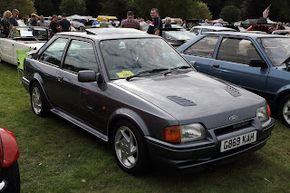 Ford Escort RS Turbo G869KAH