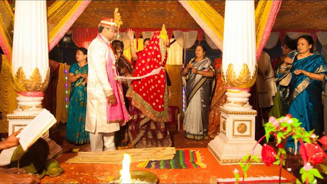 saat phere, saat vachan, hindu marriage rituals, saat pheron ke saat vachan