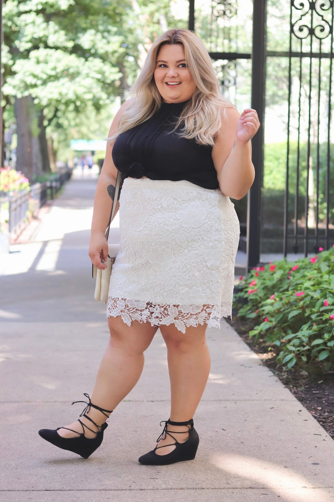 natalie craig, plus size fashion blogger, fashion blogger, Chicago plus size fashion blogger, affordable plus size clothing, society plus, society +, the Anne lace skirt, sexy plus size clothing, confidence and curves, Chicago fashion, Anastasia amico, torrid