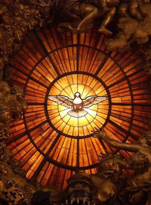 Imagem do Espírito Santo, vitral, #1