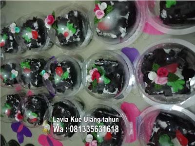 Mini blackforest kue ulang tahun yang menggoda