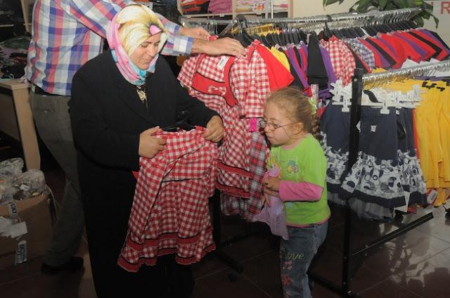 Sancaktepe 'Sevgi Mağazaları' açıldı