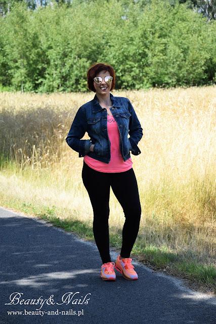 SAMMYDRESS - women's jacket/ kurtka dżinsowa i buty sportowe.