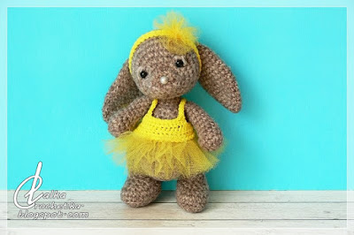 http://lalkacrochetka.blogspot.com.es/2017/07/summer-bunny-wakacyjny-kroliczek.html