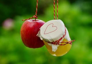 apple cider vinegar,apple cider vinegar benefits,health benefits of apple cider vinegar,apple cider vinegar drink,apple cider vinegar weight loss,drink apple cider vinegar,how to drink apple cider vinegar,best time to drink apple cider vinegar,apple cider vinegar uses,drink apple cider vinegar to lose weight,apple cider vinegar for weight loss,benefits of apple cider vinegar