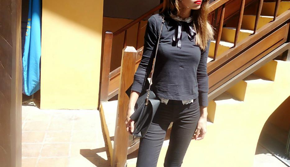 jeans negros de tiro alto