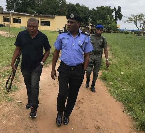 Photos: Lagos state Commissioner of Police, Fatai Owoseni, visits school where 6 students were kidnapped in Epe