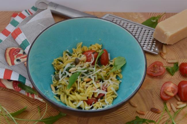 kasvisruoka, arkiruoka, kikhernepasta, pasta, pinaattipasta