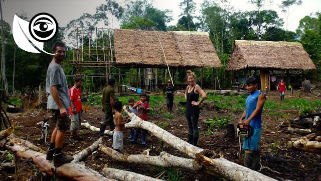 Pour mener à bien son objectif d'écovillage solidaire, elle va créer Inti Eco Lodge, un projet d'écolodge associatif «100% ecofrendly», en harmonie avec la nature et surtout les communautés locales. Avec son amie Marion, architecte d'intérieur, elles se lancent dans la construction durable d'un écovillage.