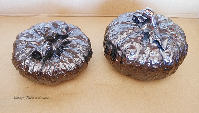 Vintage, Paint and more... thrift store brown ceramic pumpkins made over with paint for a fall centerpiece
