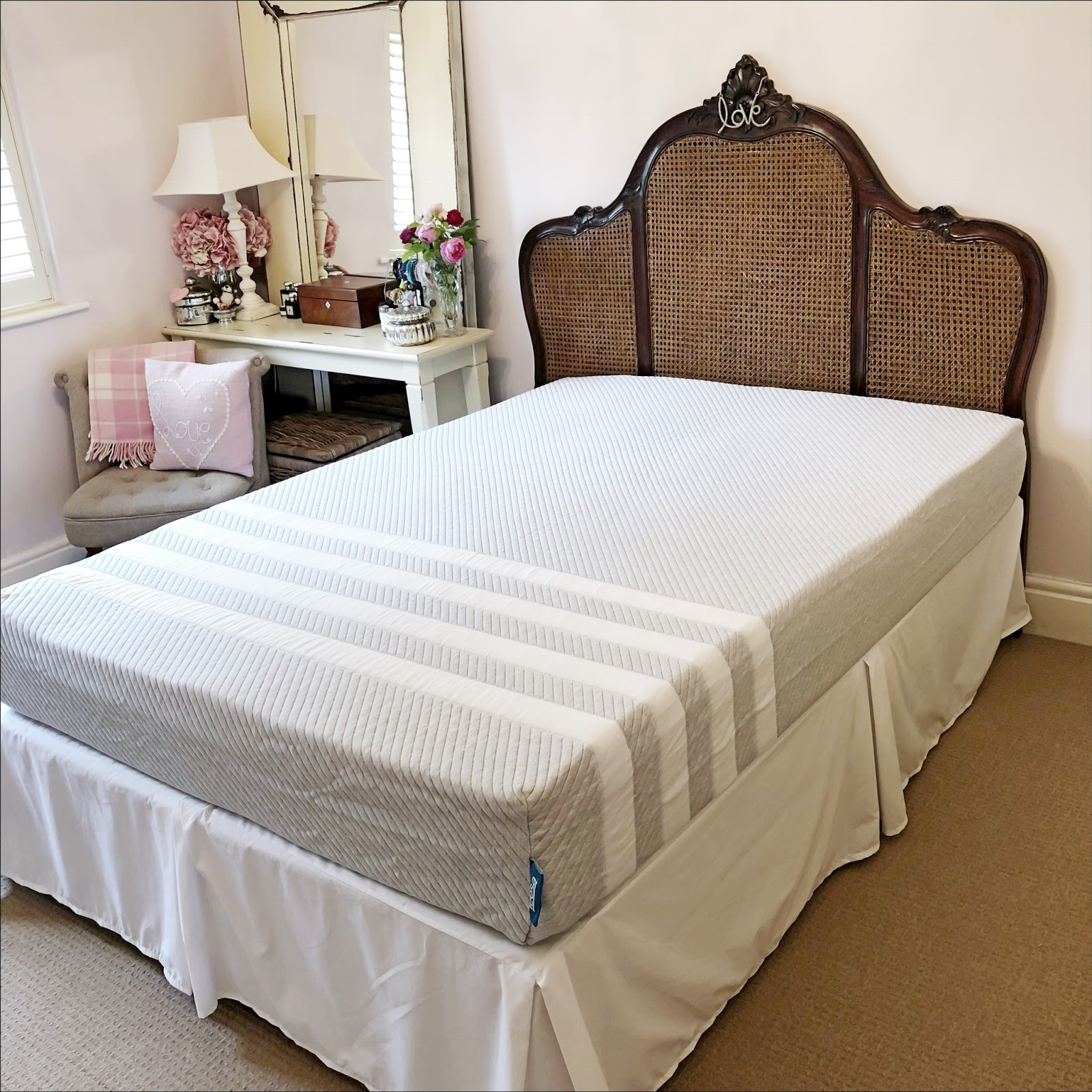 my midlife fashion, leesa mattress
