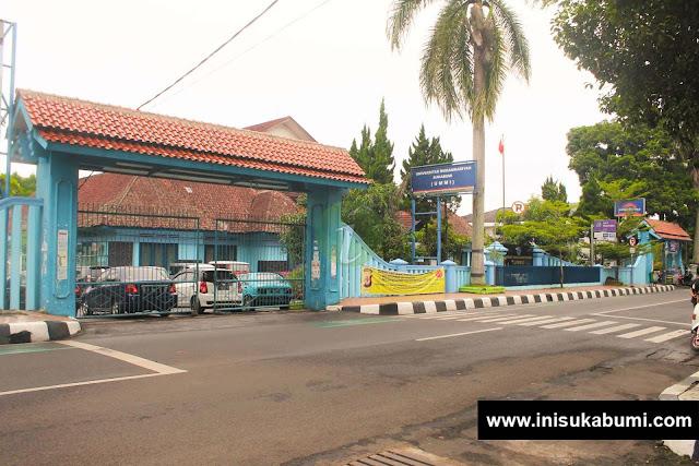 Gedung UMMI tampak dari depan