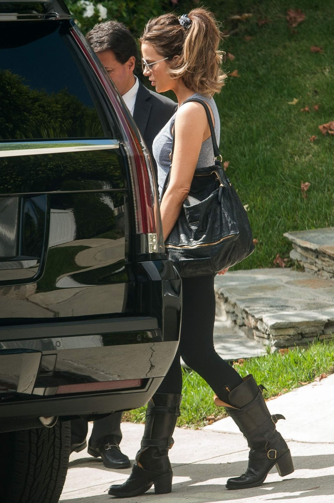 Photos of Kate Beckinsale Out And About In Los Angeles