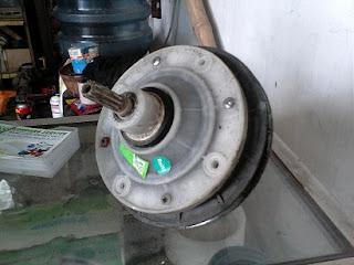 Cara mengatasi mesin cuci yang bocor rembes dan tidak mau menampung air