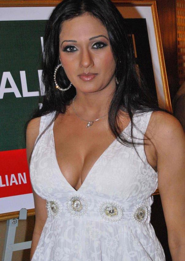 Kajal Ka Sexy Girl