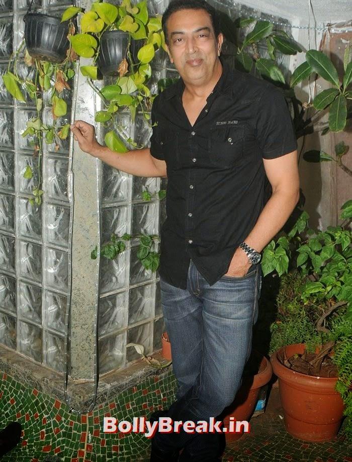 Vindu Dara Singh, Hot Photos from Rowdy Bangalore Team of Box cricket League