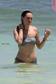Rumer-Willis-In-Bikini-Seen-at-a-beach-in-Mexico--22+%7E+SexyCelebs.in+Exclusive.jpg