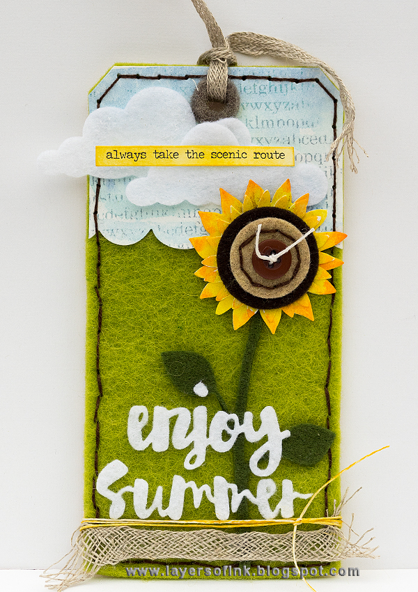 Layers of ink - Summe Felt Tag by Anna-Karin using Simon Says Stamp Spring Plush Collection.