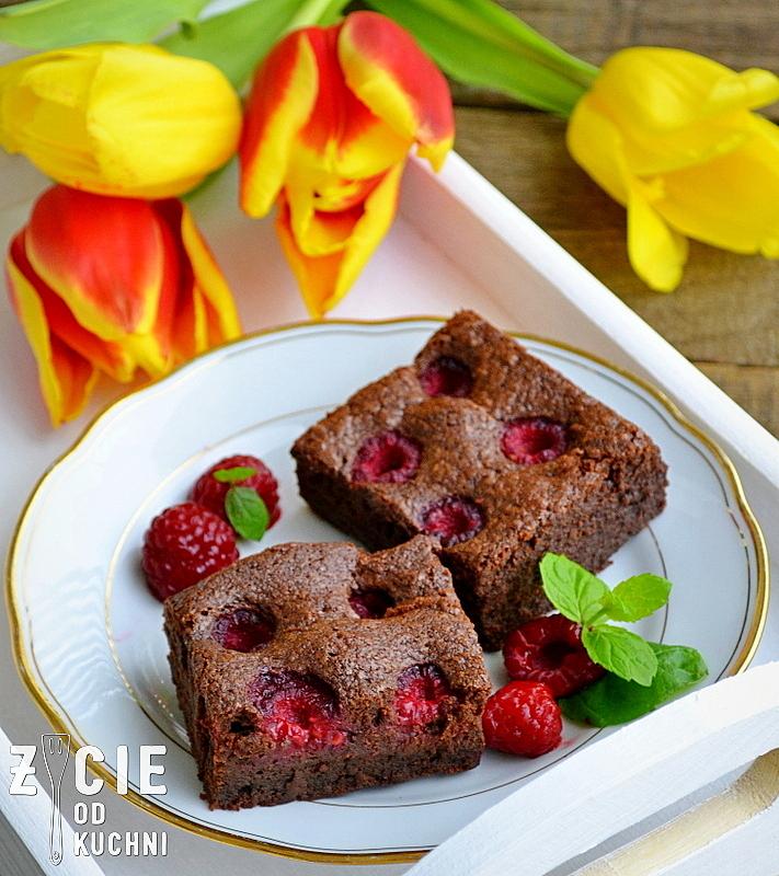 brownie maliny, poltino, maliny poltino, ciasto czekoladowe, ciasto z malinami, zycie od kuchni