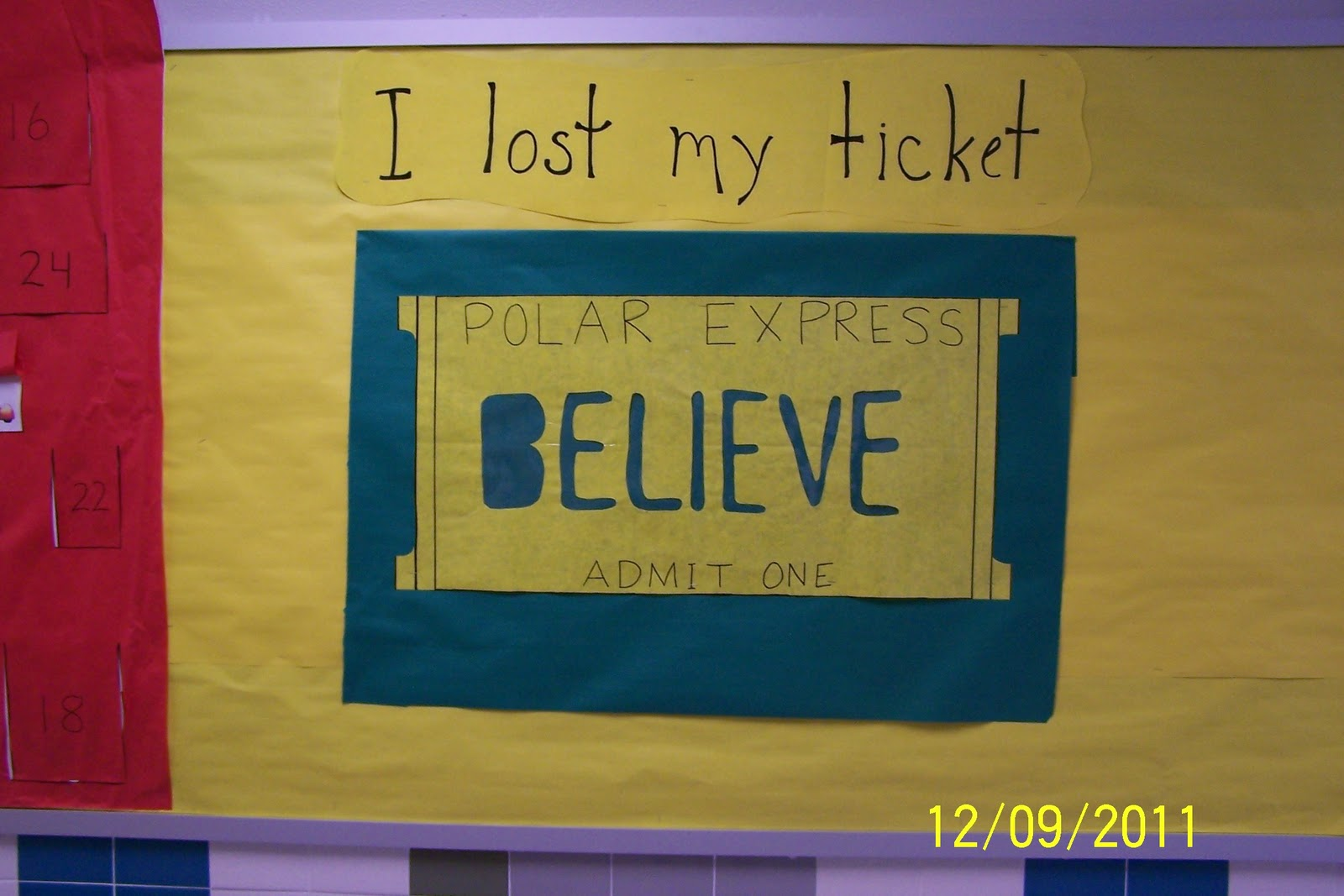Elementary School Counselor Using Expressive Art The