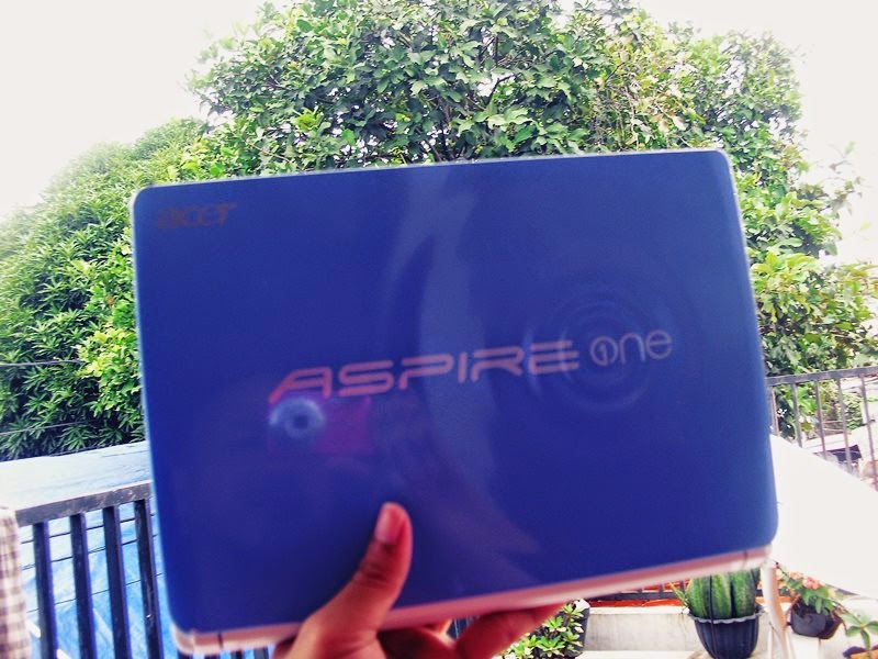 review acer aspire happy 2