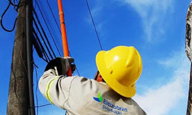 Eletrobras Alagoas, realiza manutenção de rede elétrica em sete  municípios do sertão alagoano