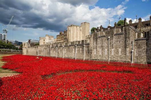 Tower of London - Top 10 Must Visit Paid - Attraction in LONDON!!