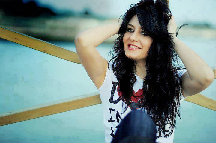 Awesome Fb Girls Profile Pics  Uzone-4720