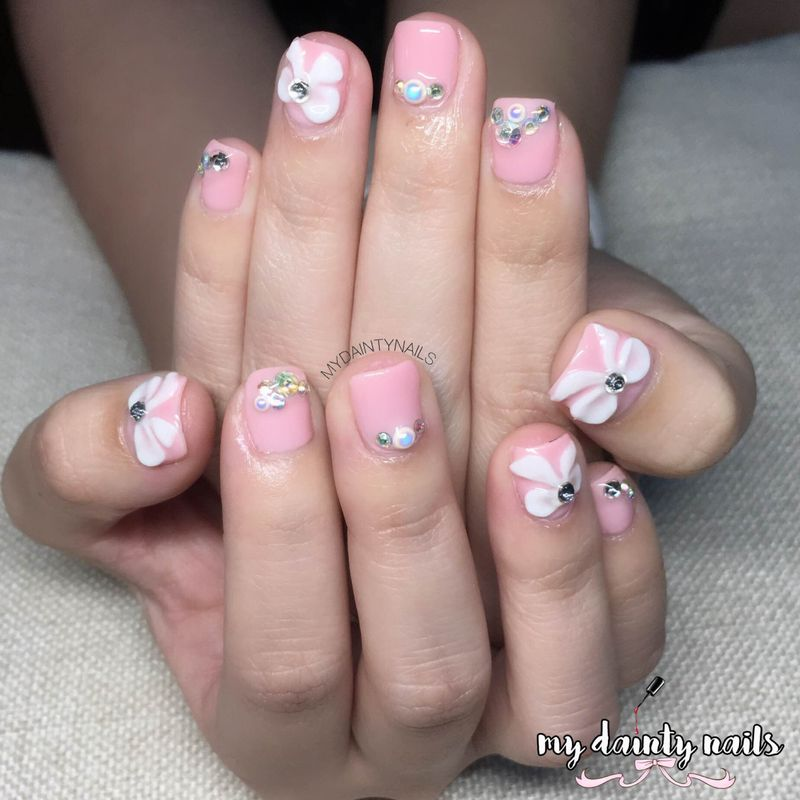 My dainty nails simple bridal nails labels 3d nail art prinsesfo Images