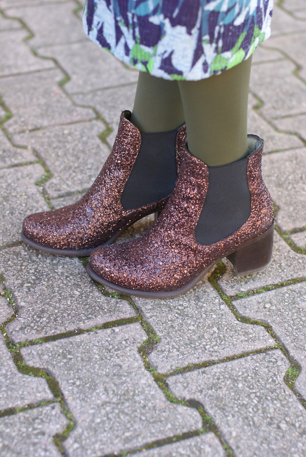 Giancarlo Paoli glitter ankle boots on Fashion and Cookies fashion blog, fashion blogger style