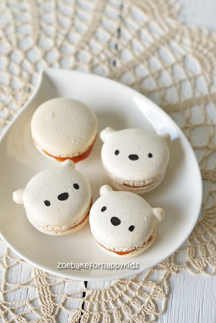 polar white teddy bear french macarons
