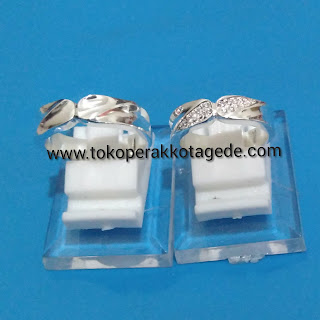 wedding ring silver elegan
