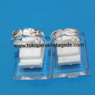 wedding ring silver elegan