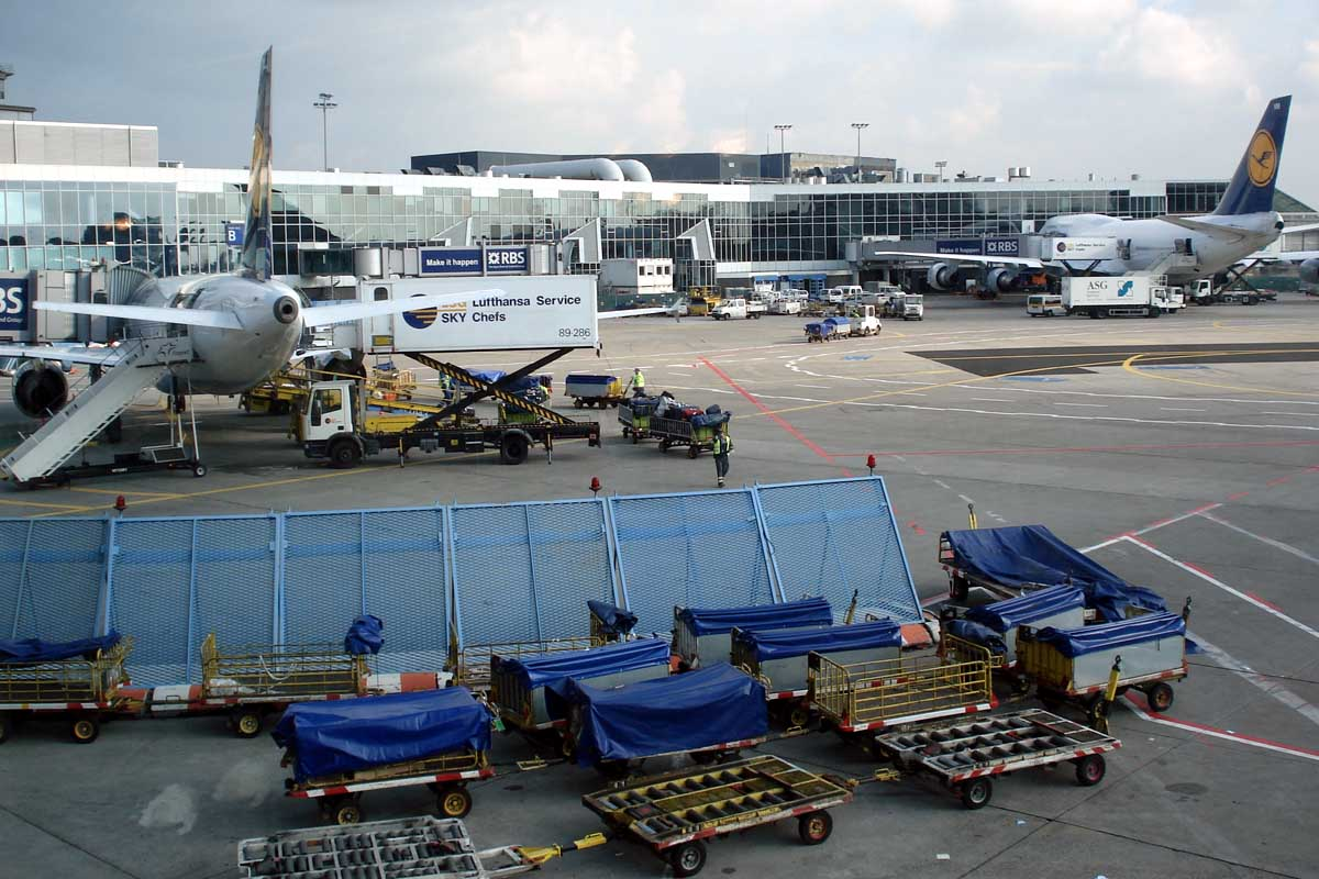Online Safety Articles for Airline & Airport SMS Programs