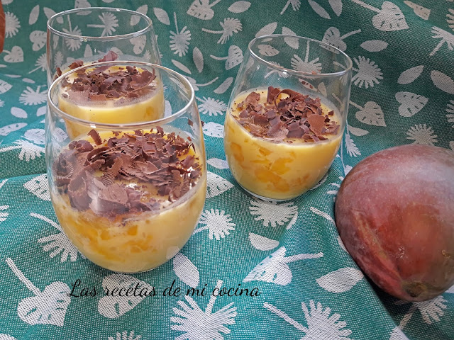 Crema de chocolate blanco y mango