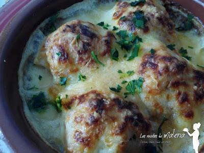Huevos al horno con bechamel