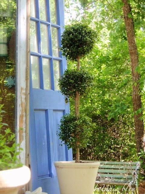 Botanic Bleu French Garden Shed Elements
