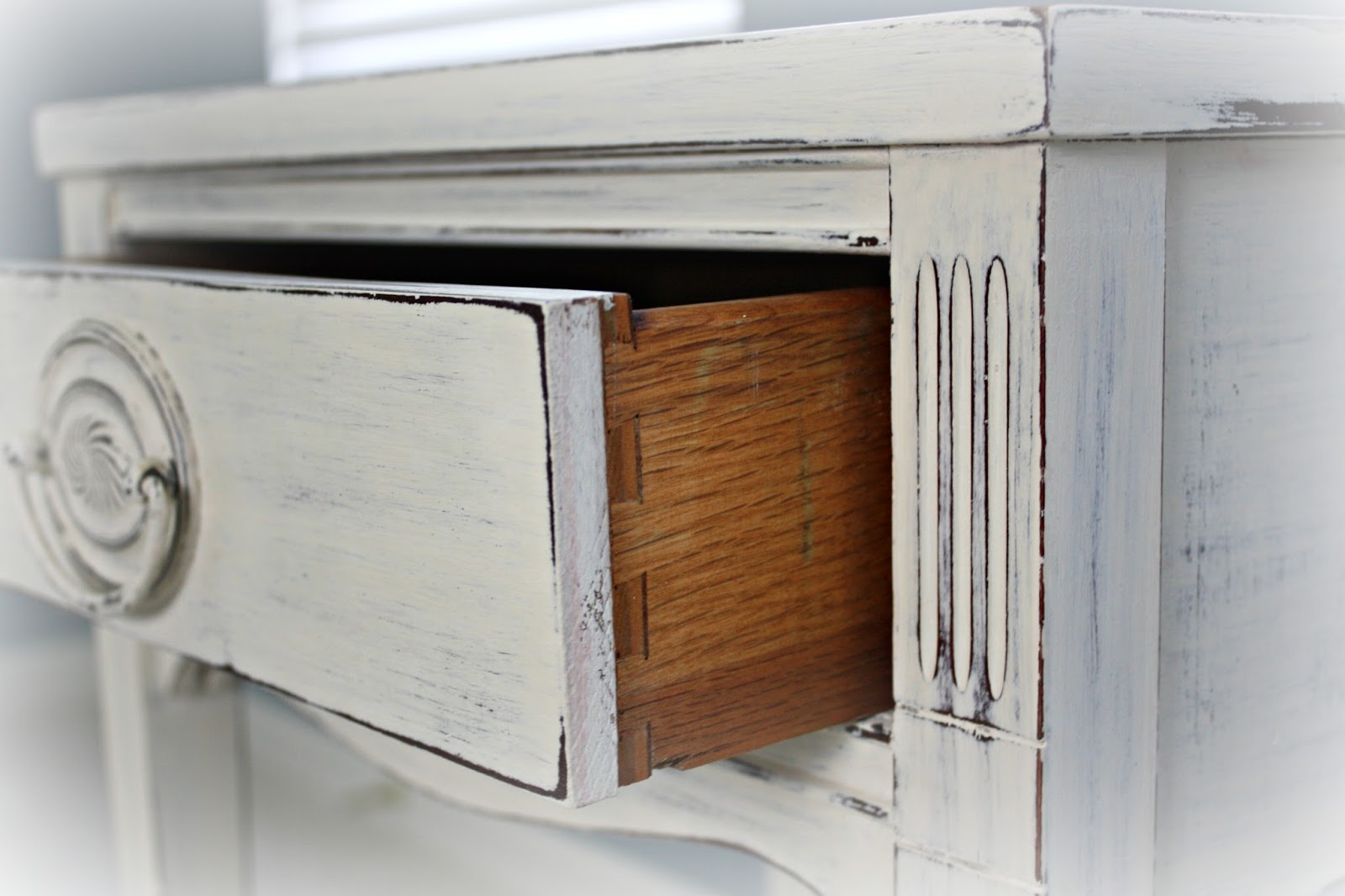 Dovetailed drawer joinery