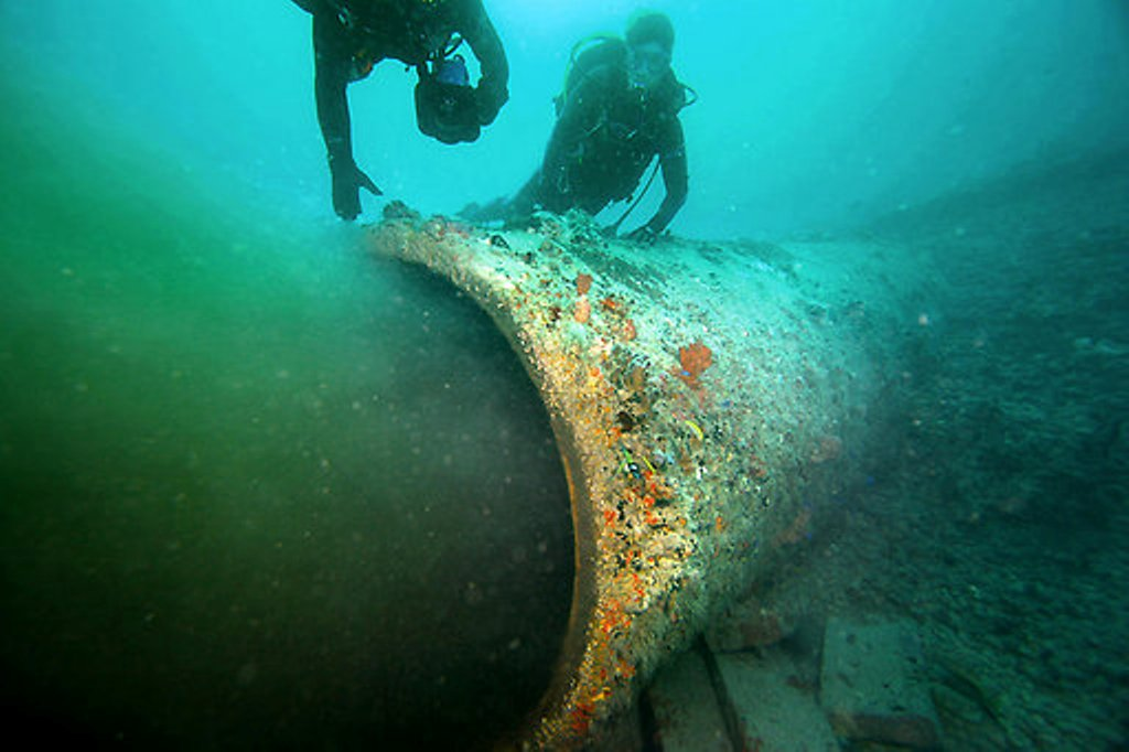 Emissário submarino do Rio Vermelho, em Salvador.