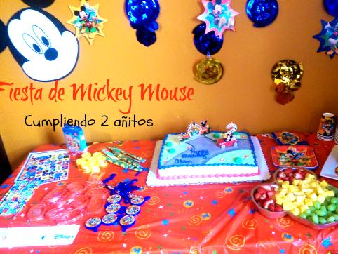 Cumpliendo 2 años { Fiesta de Mickey }