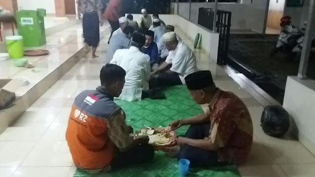 Gerakan Qiyamul Lail (QL) dan Sahur Bersama di Masjid Ar-Rohmah