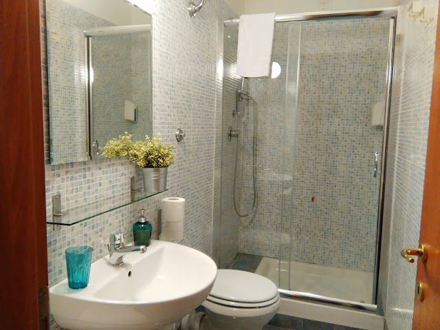 Villa Borghese Guest House bathroom