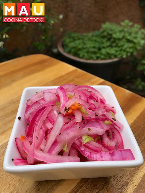 cebolla curtida con habanero serrano cochinita pibil mau cocina de todo