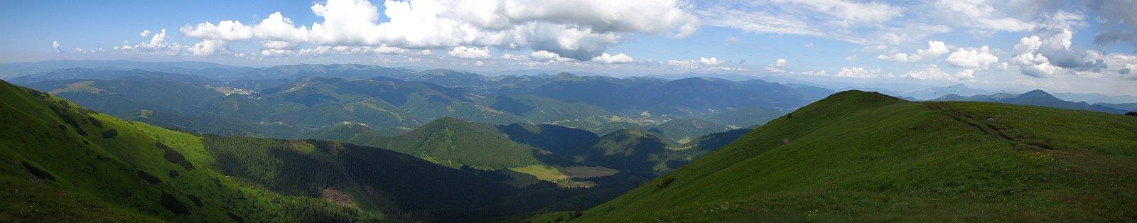 Zachodnia i północno-zachodnia panorama z Wielkiej Chochuli (słow. Veľká Chochuľa).