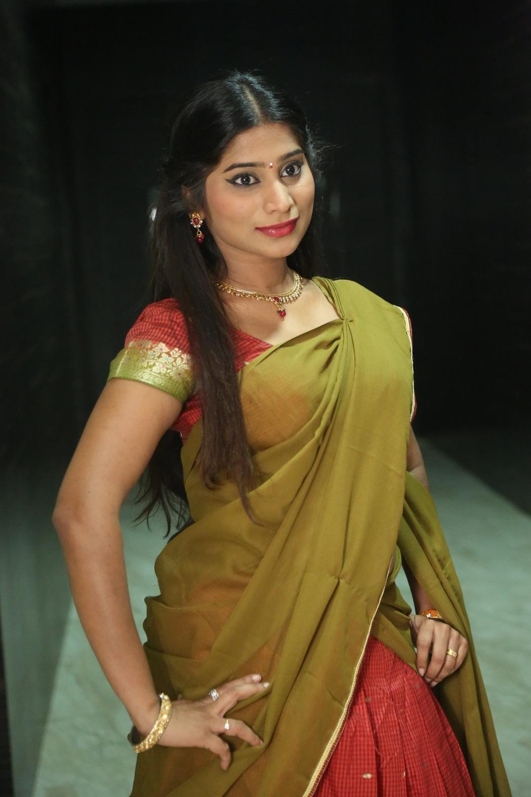 Midhuna Latest Half Saree Photos Gallery - Latest Tamil -5702
