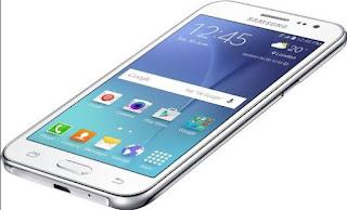 Samsung Galaxy J2 (2016) - 5-дюймовий HD-дисплей і 2 Гб ОЗУ