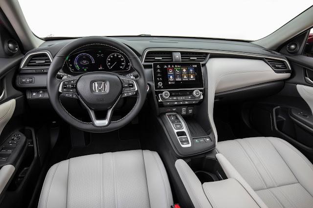 Interior view of 2019 Honda Insight