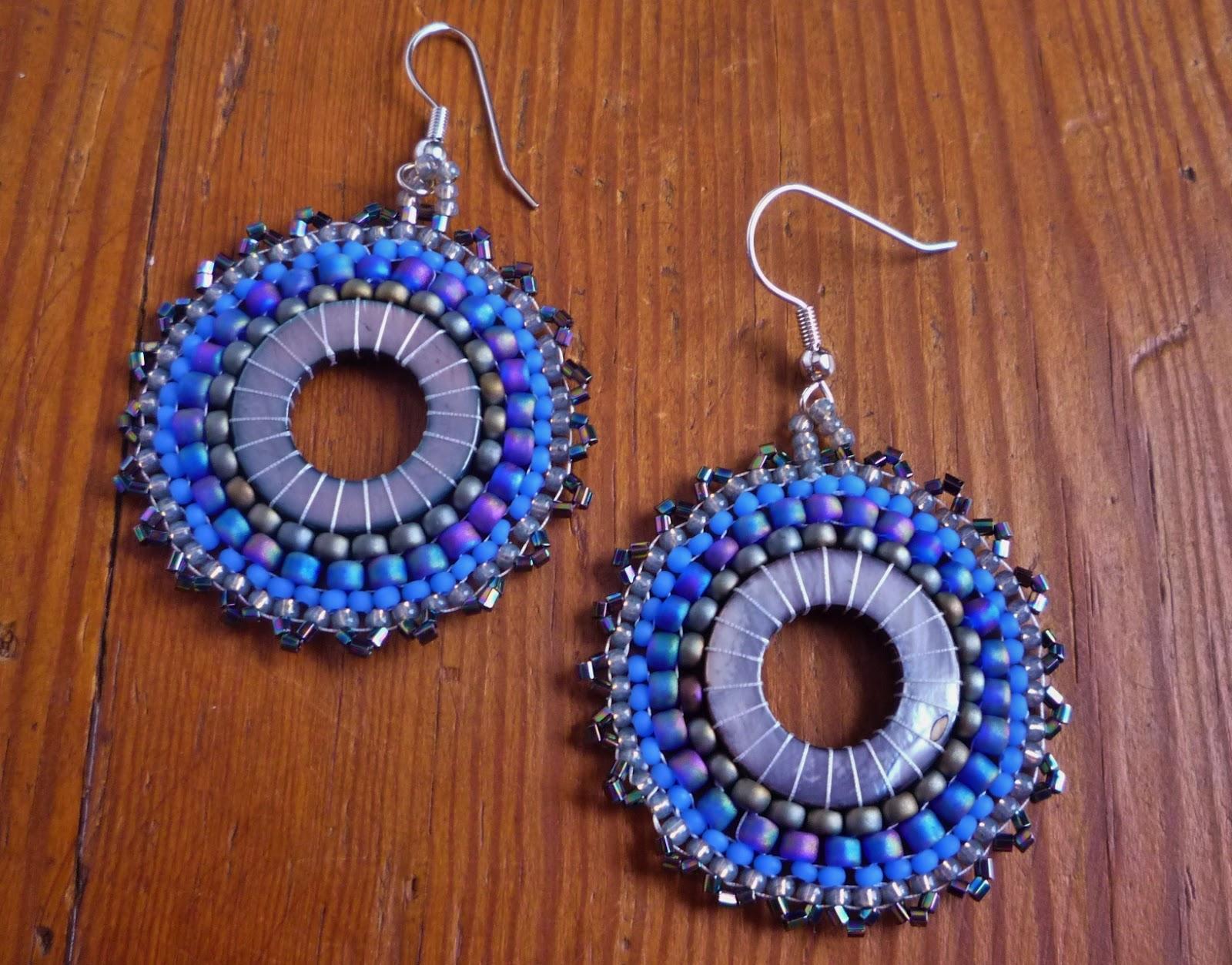 Diva Design: Blue Ridge Diva Designs: Blues & Grays In Circular Brick
