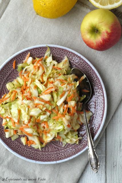 Experimente aus meiner Küche: Spitzkohl-Möhren-Salat